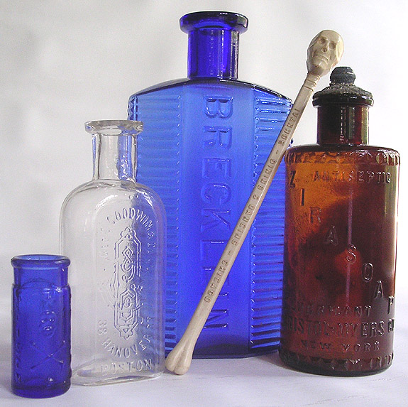 A select group of poisons with skulls --- Antiquebottlehunter.com